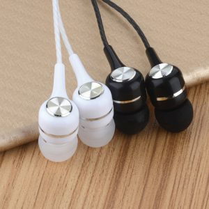 OKapi-web-images-2-pack-Okapi-2020-New-Sport-Earphone-Wired-Super-Bass-3.5mm-balck-white
